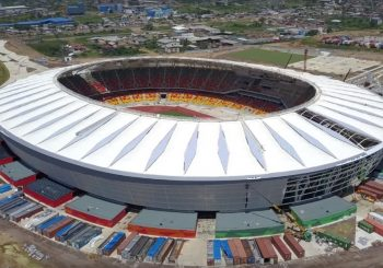Kamerun Douala Japoma Stadyumu Polikarbonat Çatı Işıklık Kaplama